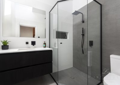 Doubleview_Bath_ensuite1