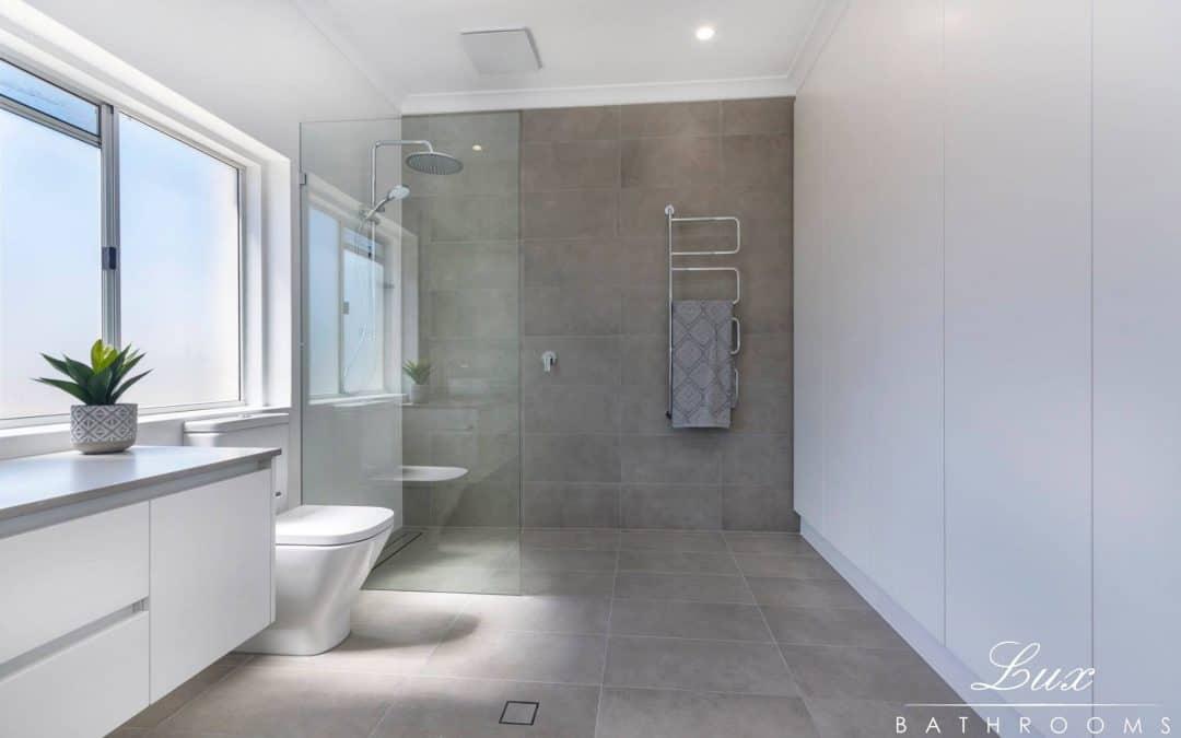 bright small bathroom renovation