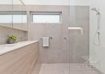 Gallop_RoadWM_Shower