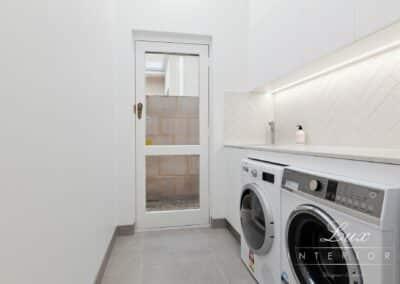Gallop_RoadWM_laundry