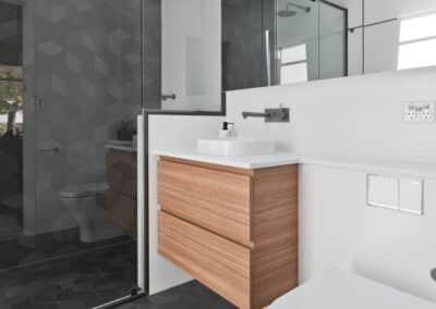 Dianella_bathroom (2)