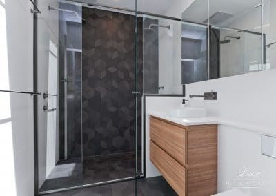 Dianella_bathroom shower and vanity