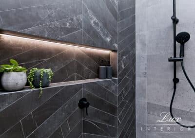 StJames_bathroom shower feature (2)