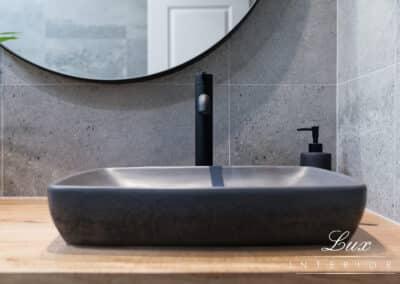 StJames_bathroom tapware and sink