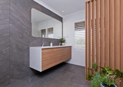 Carine Bathroom_9920