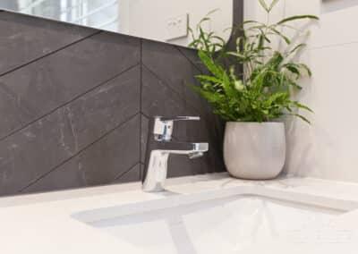Carine Bathroom_9941