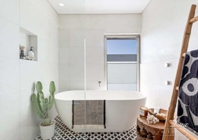 49-1-city-beach_ensuite