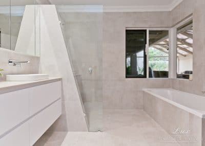 Karrinyup_5080-bathroom