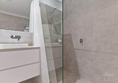 Karrinyup_5088-bathroom