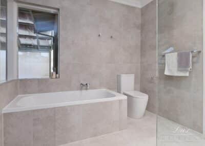 Karrinyup_5096-bathroom