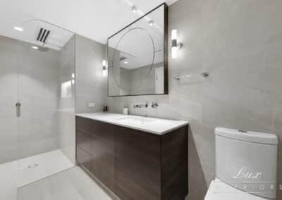 Raffles Bathroom (1)
