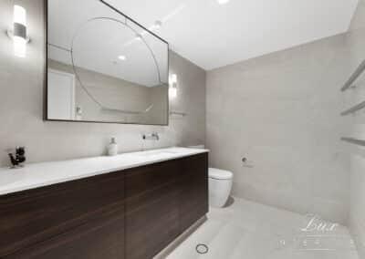 Raffles Bathroom (2)