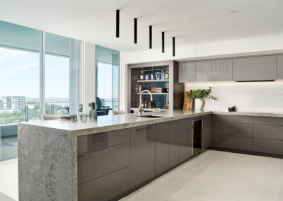 Mandurah Marina Apartment Kitchen looking out to the view
