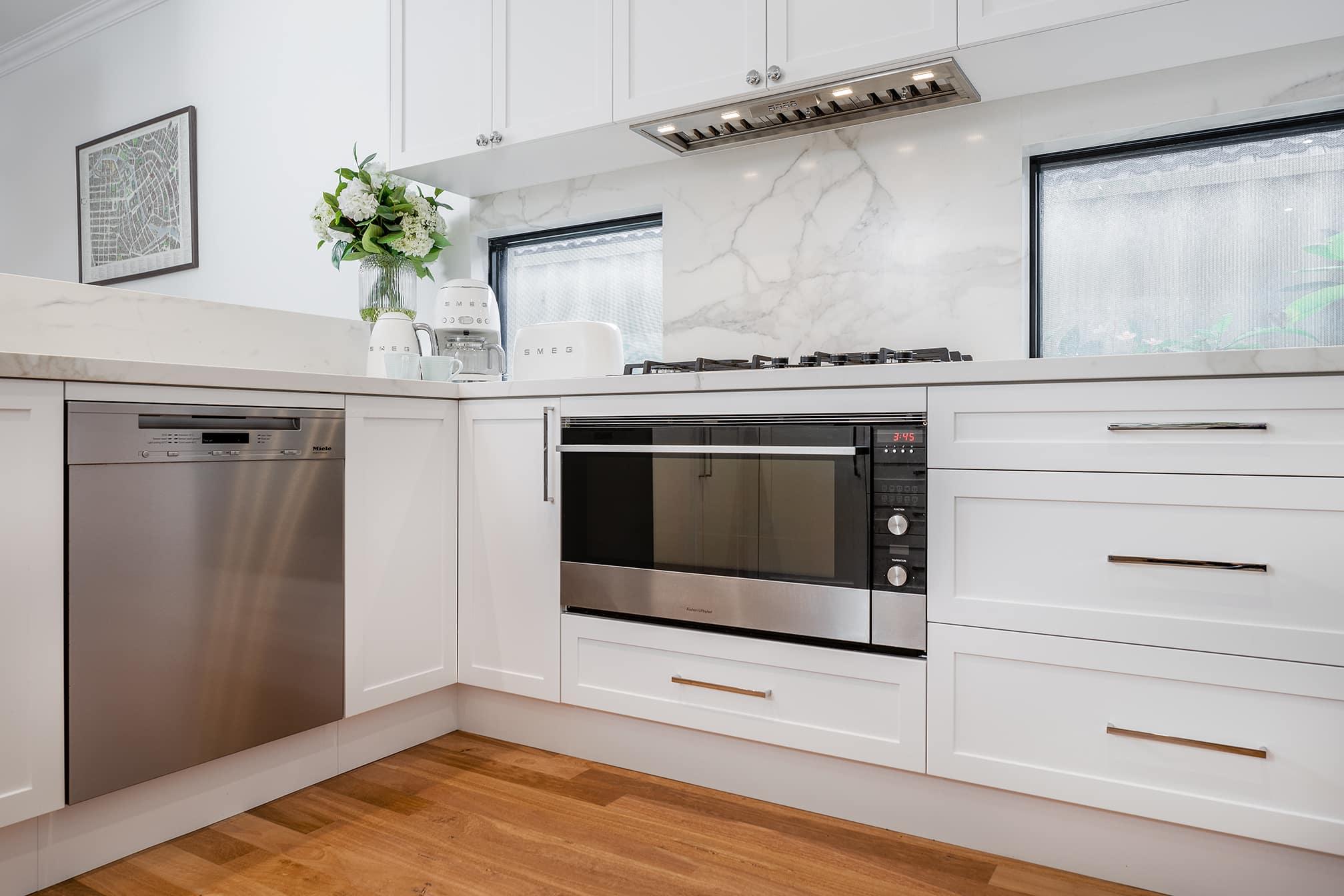 Joondanna Hamptons Kitchen oven and stove